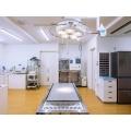 処置室は病院の真ん中に広く配置し、薬局や各診察室に行くことができます。